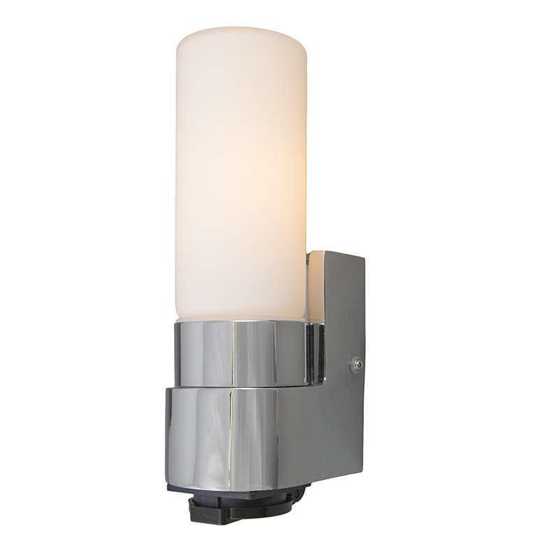 Wandleuchte Midas I Chrom mit Steckdose - lampenundleuchten.de