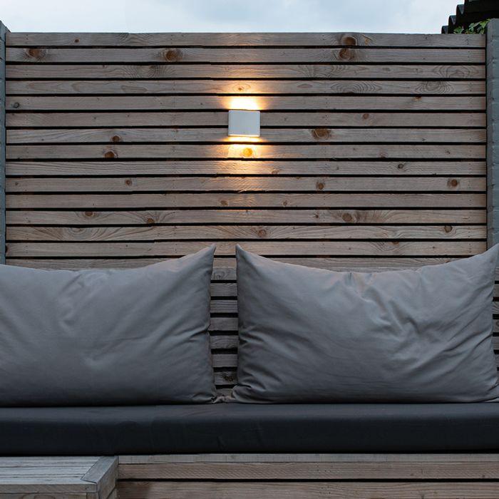 Moderne-Außenwandleuchte-weiß-11,5-cm-inkl.-LED---Batt