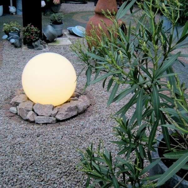 Moderne-Außenleuchte-mit-Erdungsstift-50-cm-IP44---Glühlampe