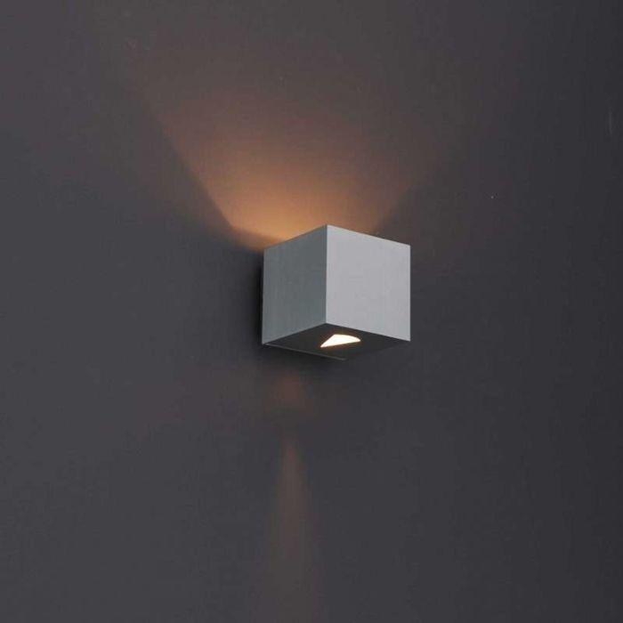 Moderne-Wandleuchte-Aluminium-quadratisch---Effekt